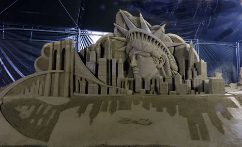 Statue of Liberty and the New York Skyline sand Sculpture by Jamie Wardley.  All part of the sand sculpture festival by the WSSA in Bogota Colombia.