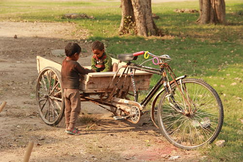 children in Delhi