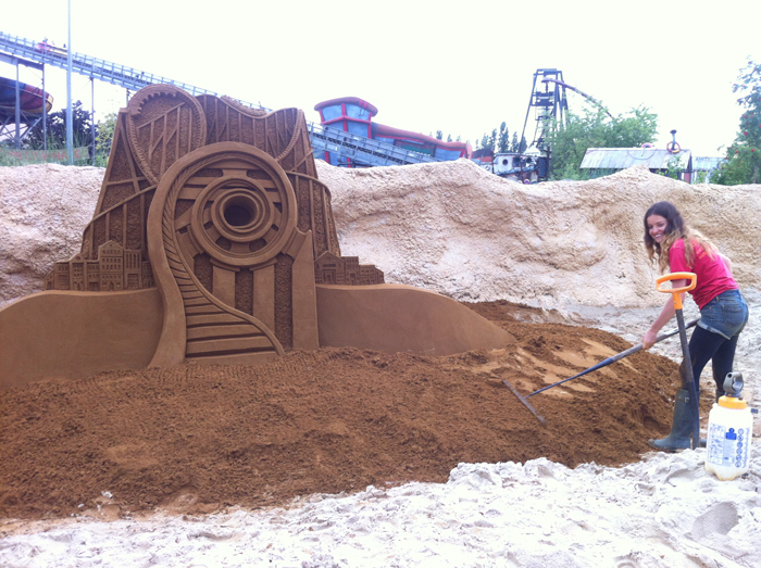 Sand sculpture finished!