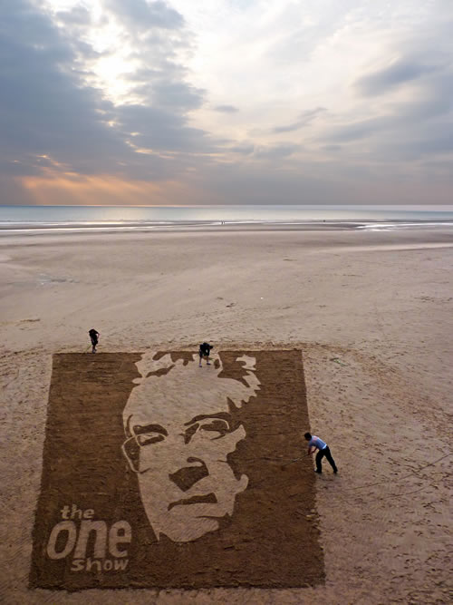 One show sand drawing and Jamie Wardley