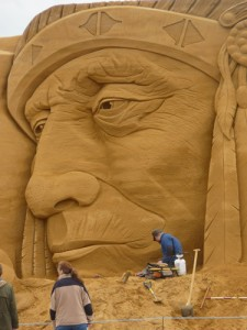 Jamie Wardley sculpting in sand