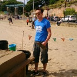 Tom ready to start carving the interactive sand sculpture