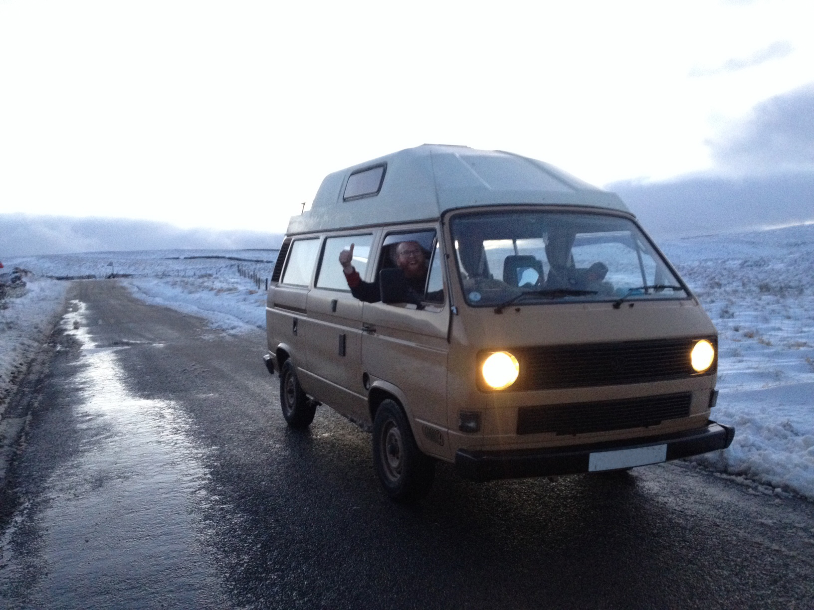 Jamie and the VW camper made it to the top of Fleet Moss!
