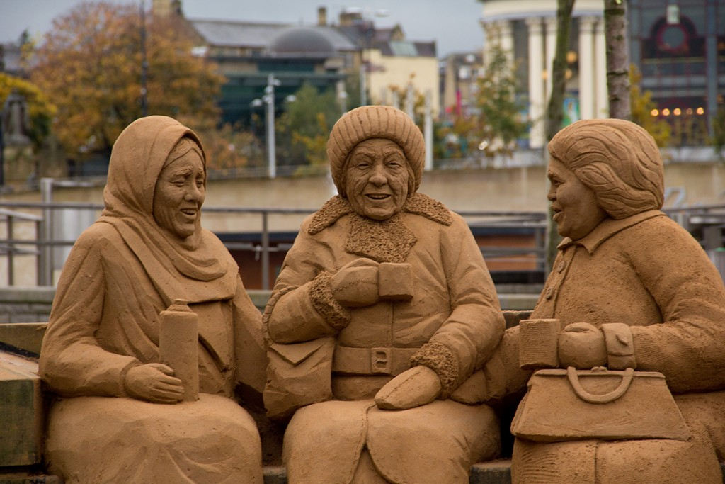The cultural bench an amazing example of figurative sand sculpture