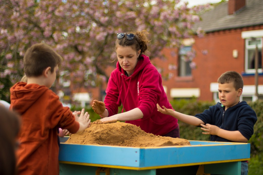 Claire Jamieson teaching sand sculpture in the workshop