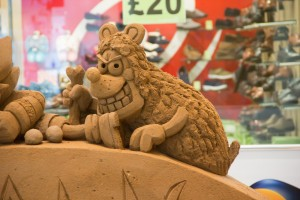 Gnasher sand sculpture by Jamie Wardley