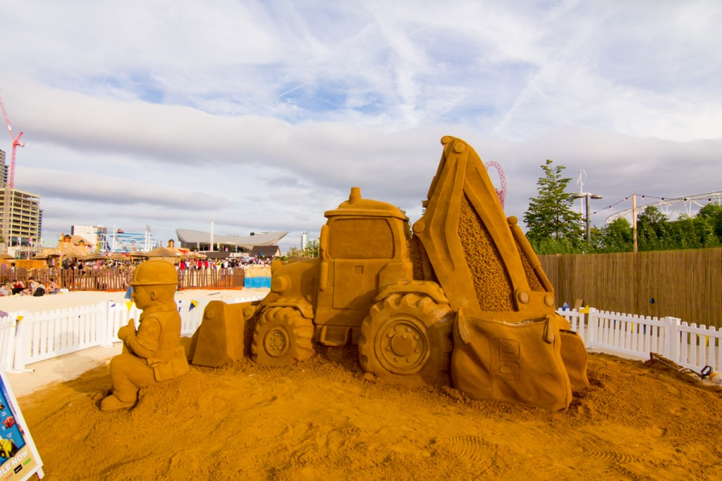 Bob The Builder and Scoop sand sculpture at Beach East