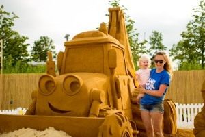 Sand sculptor Claire Jamieson with the Bob The Builder Sand Sculpture