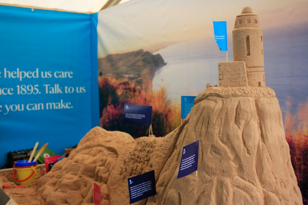 Table top sand sculptures, great for events and festivals