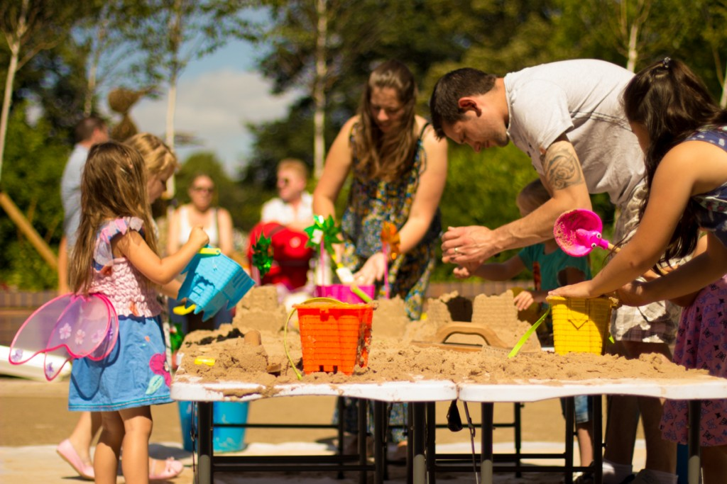 Kids Holiday creative sand art workshops in the UK