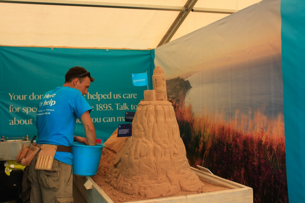Tom, professional sand sculptor at Countryfile Live