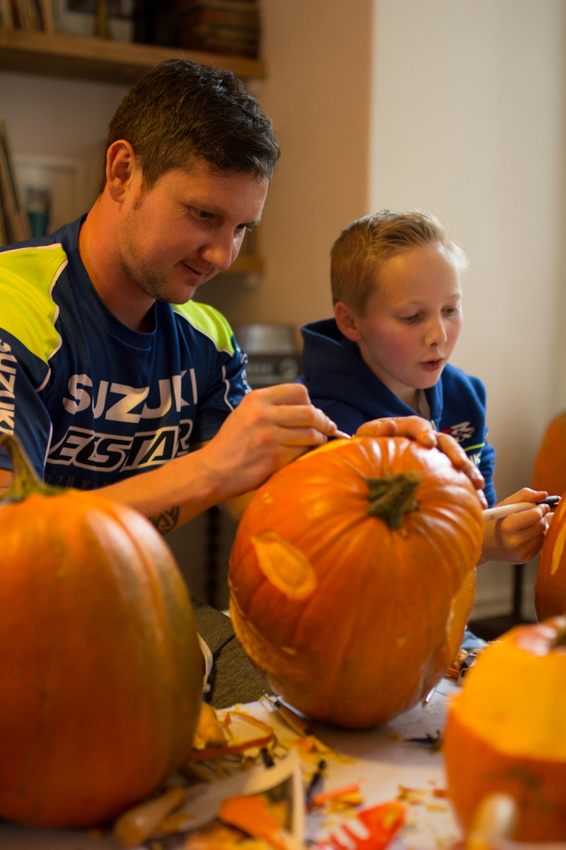 Family fun pumpkin carving workshops