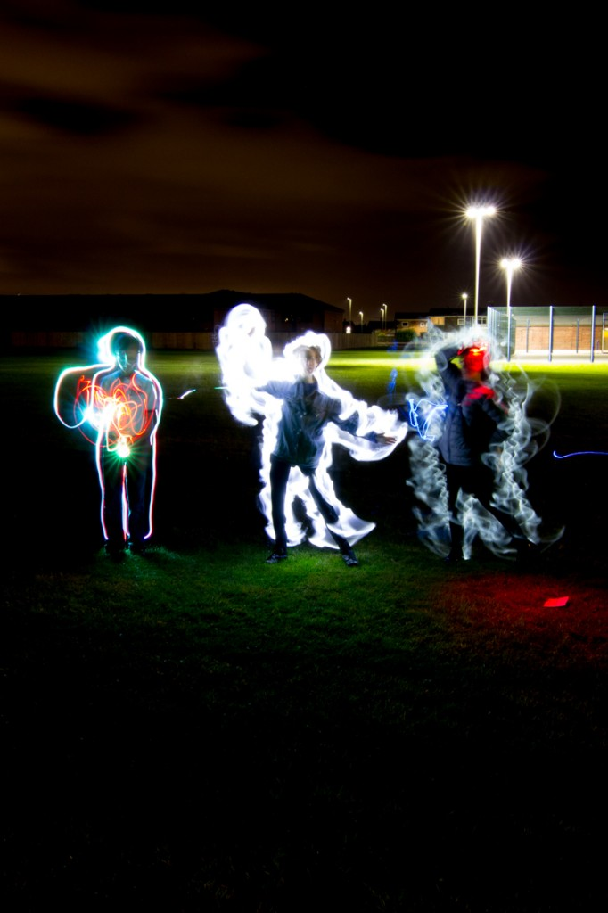 Drawing people with light art