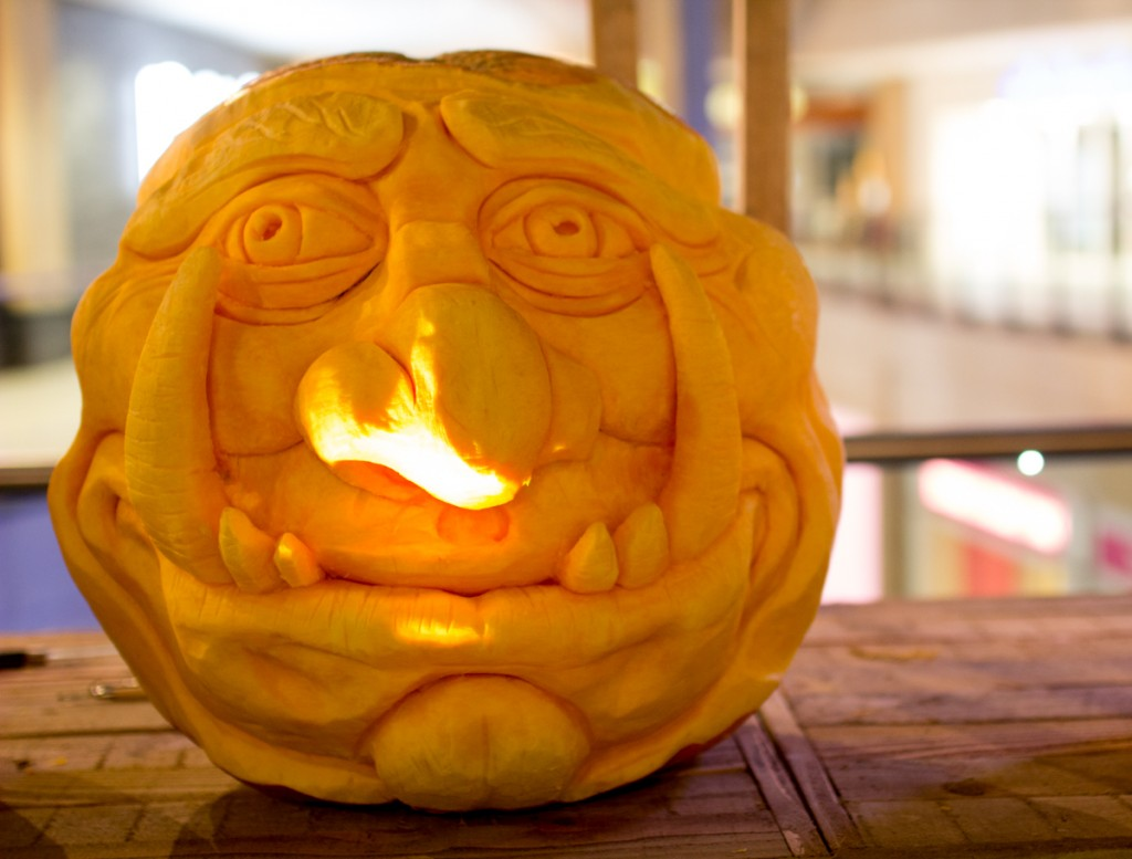 Halloween events, pumpkin carving