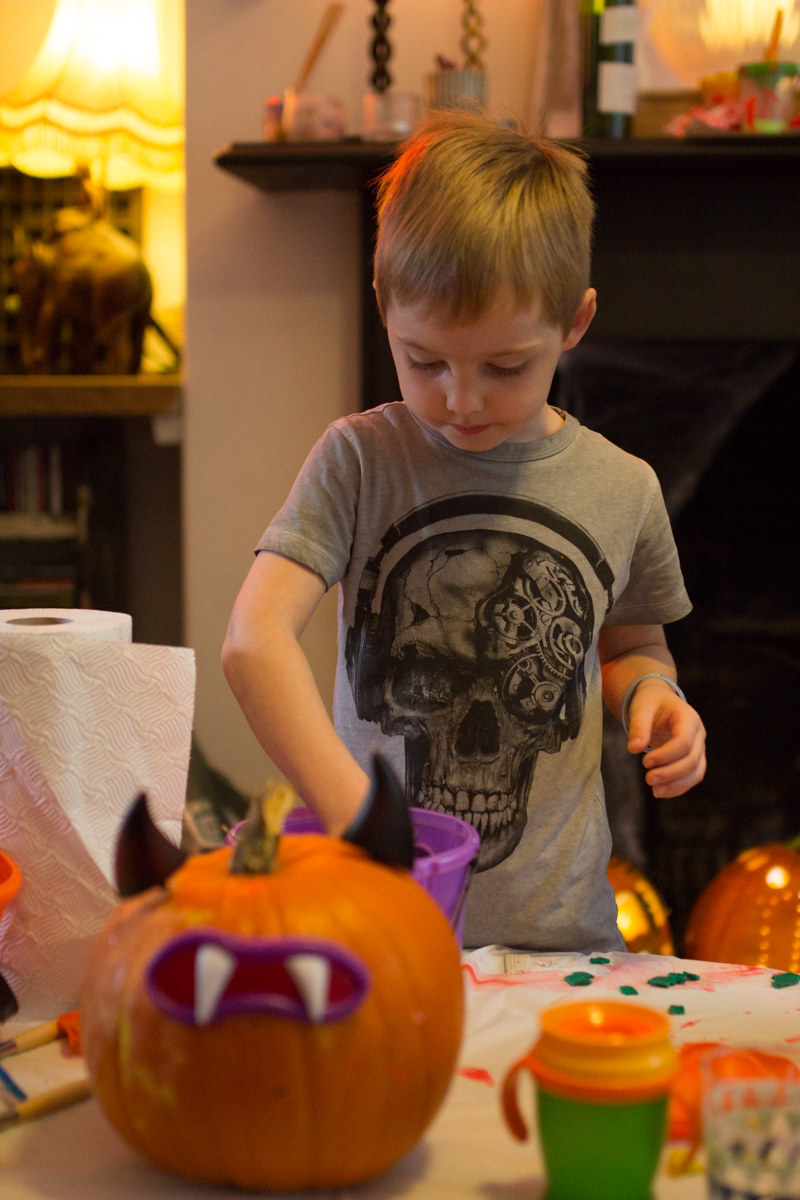 Kids pumpkin carving workshops uk