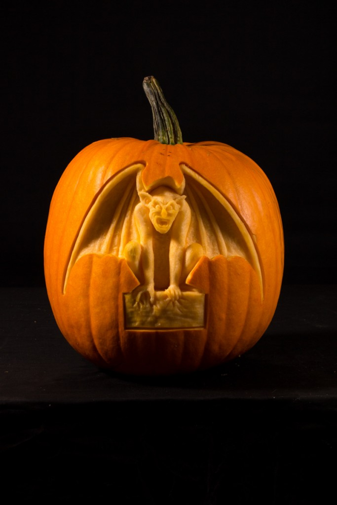 Pumpkin carvers, Halloween events