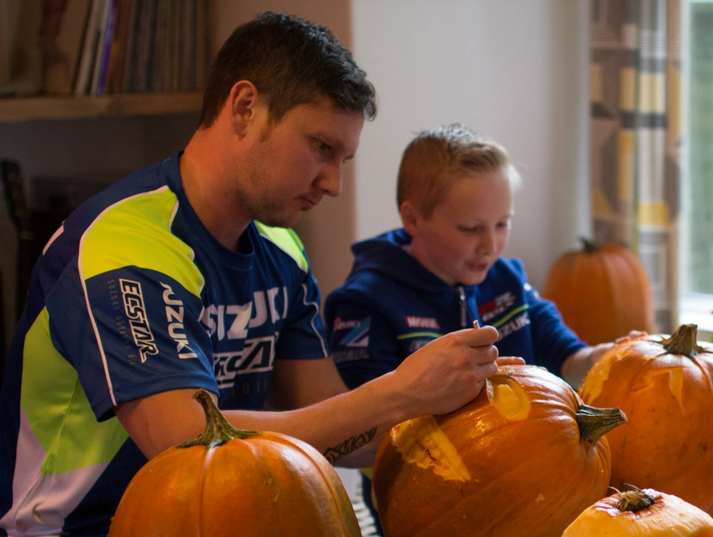 Family fun workshops, pumpkin carving