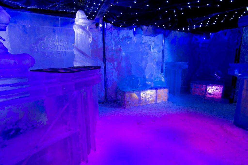 Ice luges and ice bar with sculptures created in Nottingham