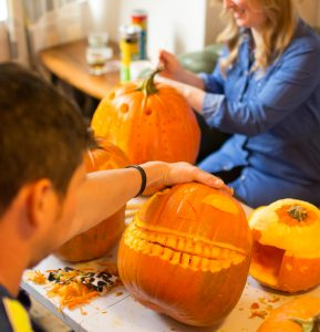 Professional Pumpkin Carving Workshops