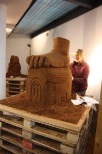 Intensive training courses for budding sand sculptors