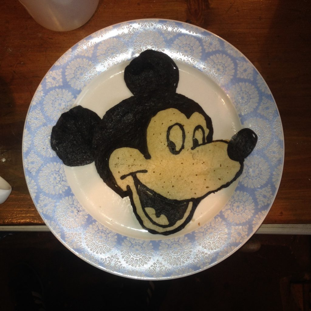 Pancake Art, Mickey MousePancake Art, Mickey Mouse