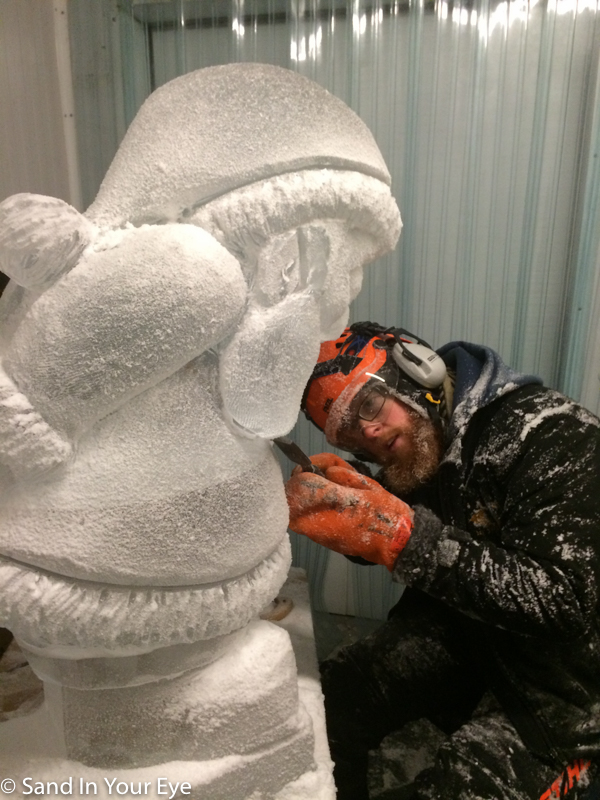 Ice carver Jamie will be running courses in the art of ice carving