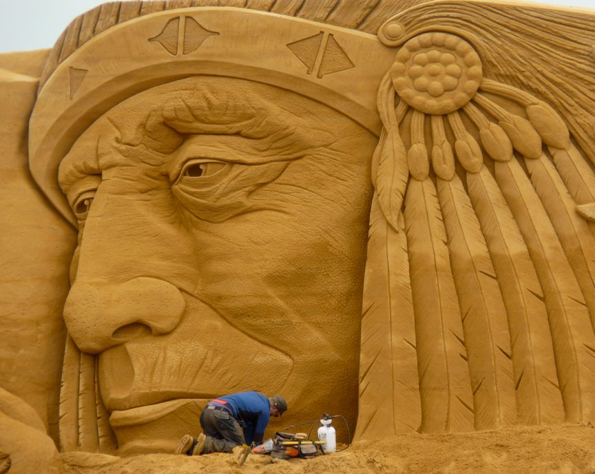 Indian Jamie Wardley Denmark Worldwide sculpture sand sculpture sand in your eye