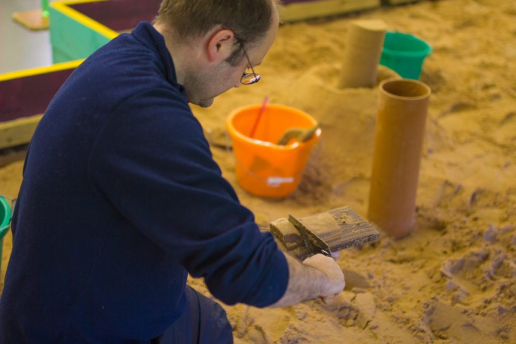 Creative sand sculpture classes