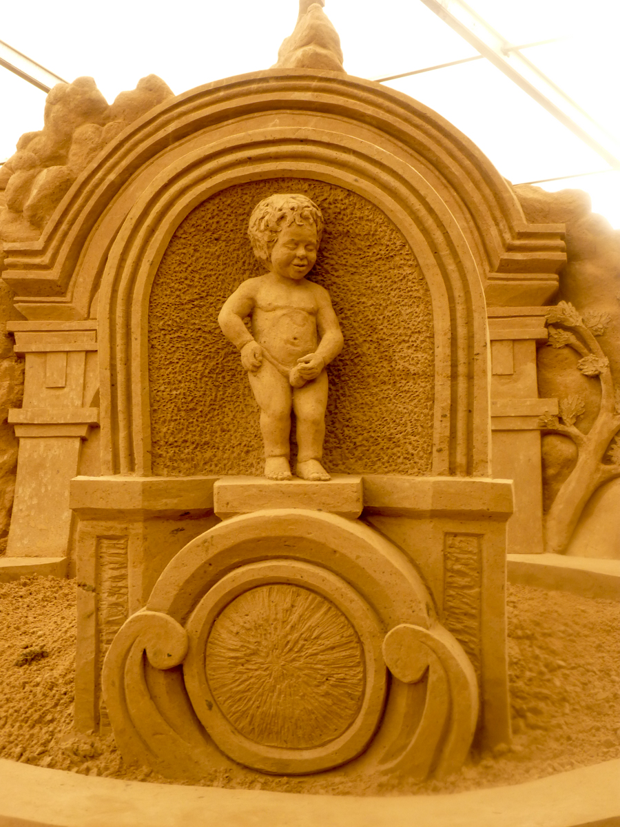 sand sculpture events sand artist