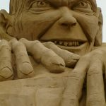 sand sculpture gollum lord of the rings sand artist