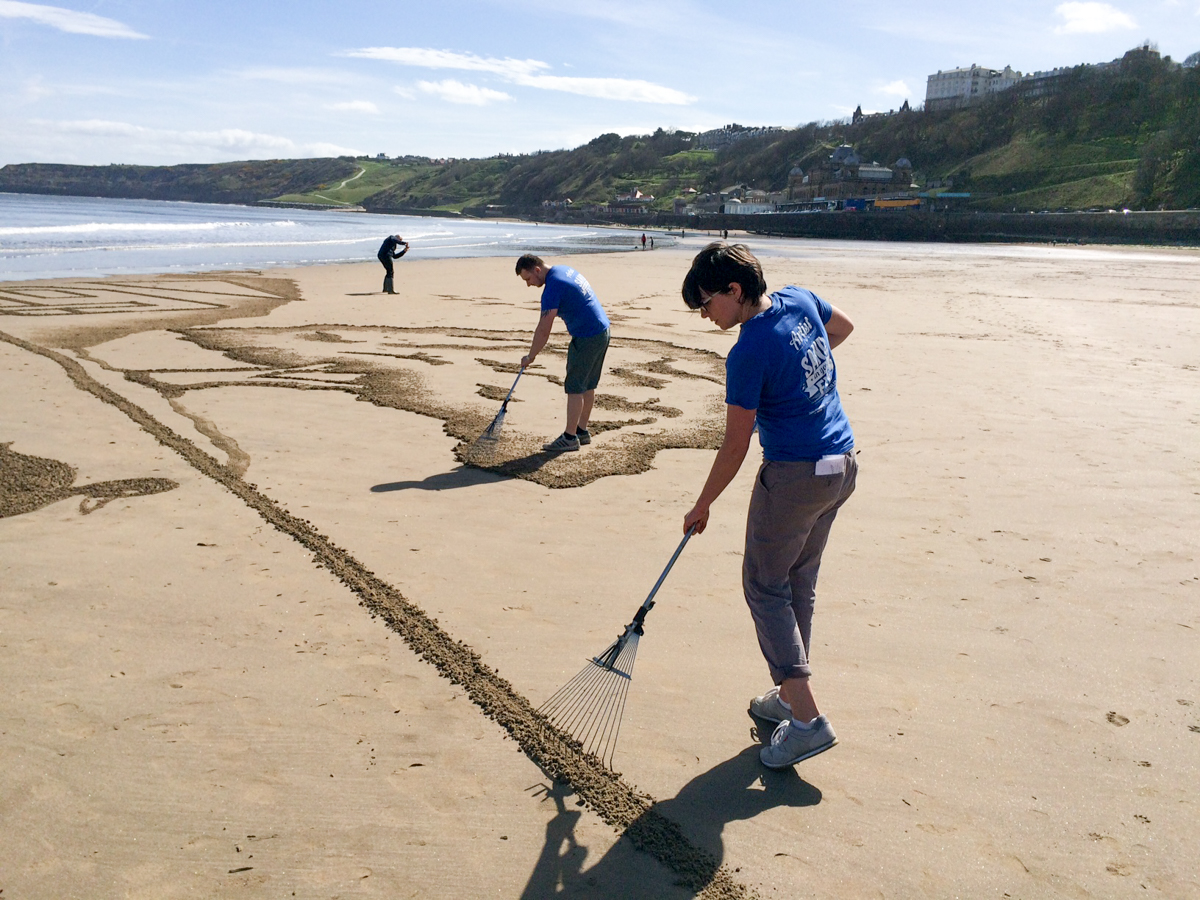 north yorkshire sand artist beach art