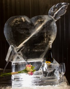 northern brides wedding ice sculptures