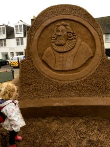 Thomas Kingo sand sculpture Crail composer