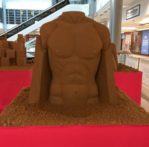 pop up sand Sculpture events summer shopping centre fun