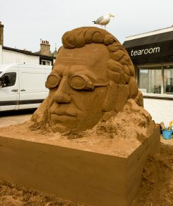 Sand artist uk sand sculpture