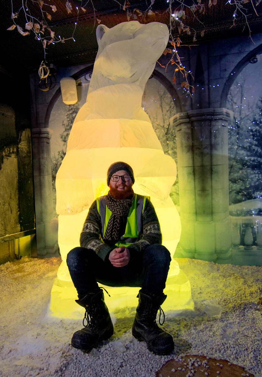 Jamie_wardley_international_ice_sculptor_yorkshire