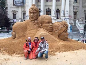british sand artists jamie wardley claire jamieson chile sculpture