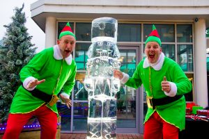 burnley_ice_sculpture_fun_elves