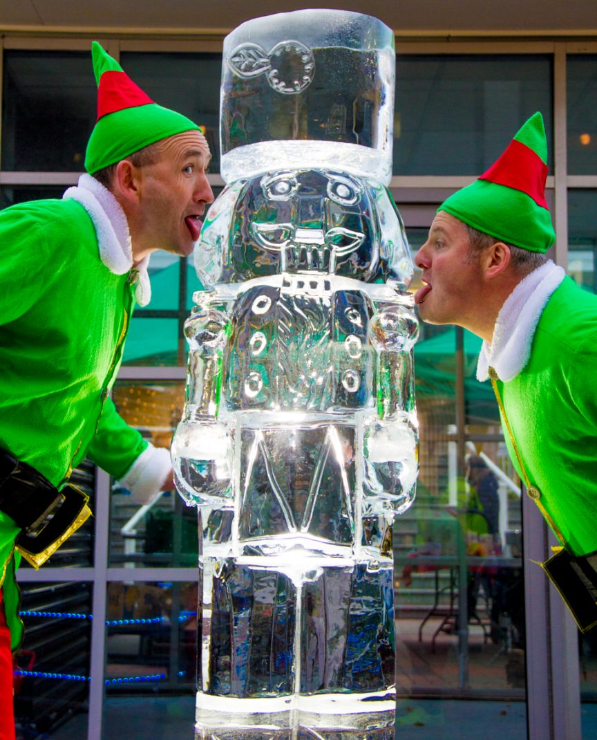 Ice Sculpture Christmas.Ice Sculpture Spectacular In Burnley