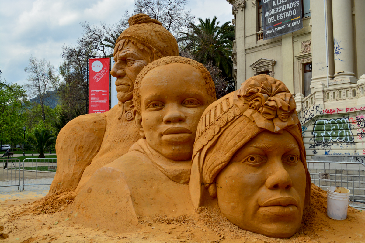 incredible_sand_sculpture_sand_in_your_eye