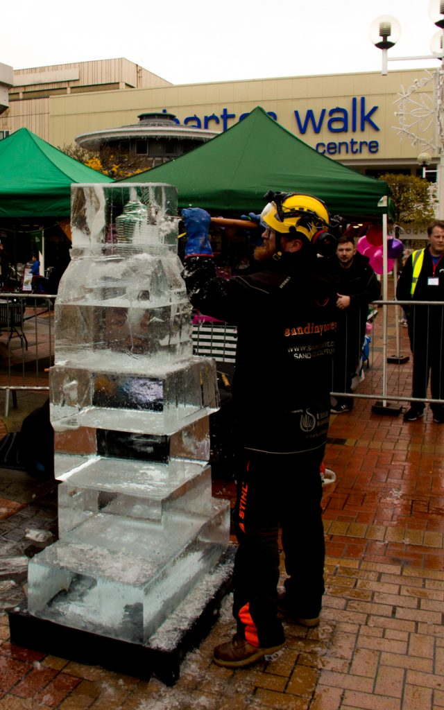 live ice carving in lancashire yorkshire based ice Sculpture company