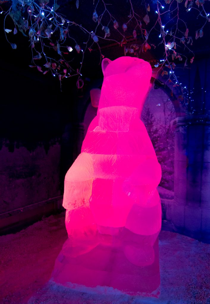 polar_bear_ice_sculpture_giant_events