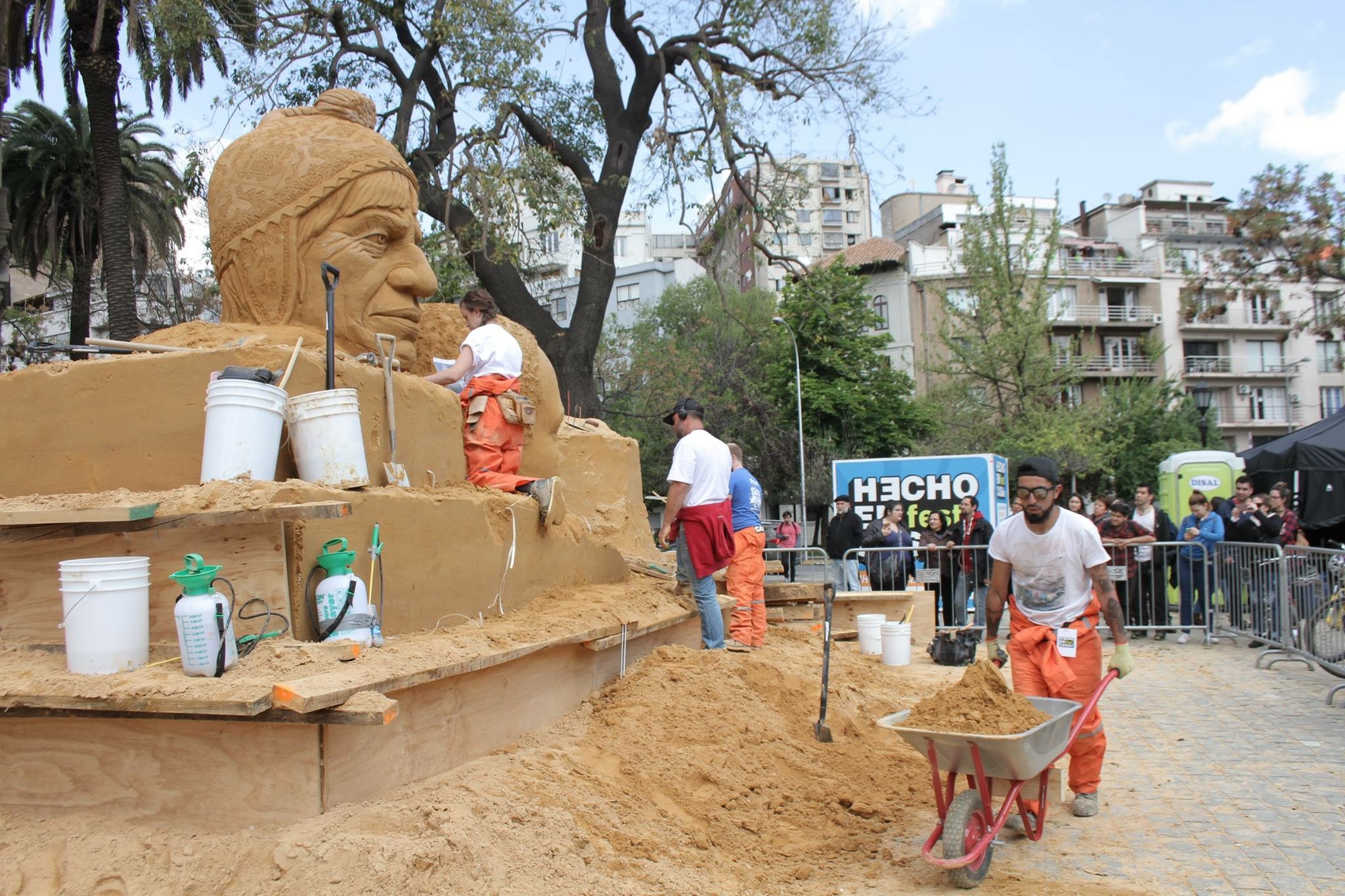 sand_sculpture_installations_festivals_sand_in_your_eye