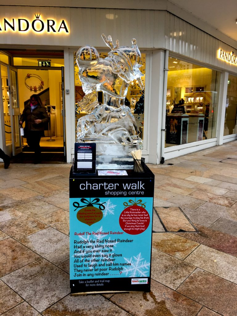 shopping centre events christmas ice sculptures