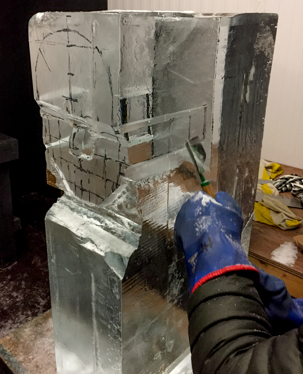 Ice_sculpture_experience_day_intensive_course_team_building