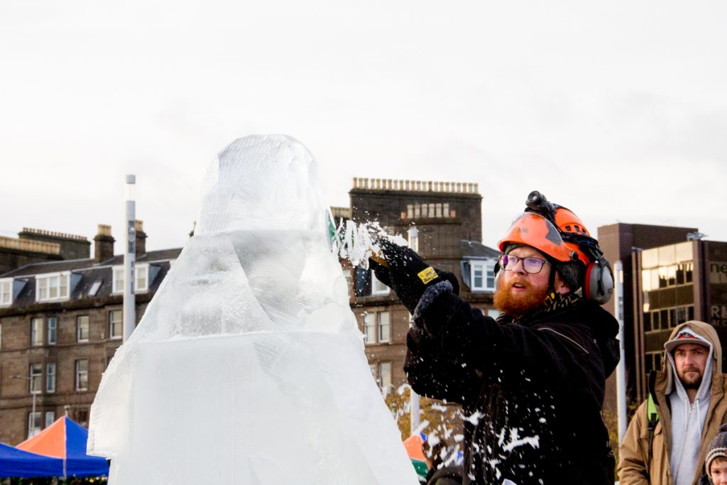 Yorkshire_based_ice_carver_jamie_wardley_scotland