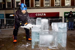 christmas_ice_sculpture_events_town_councils_Hull_city_of_culture