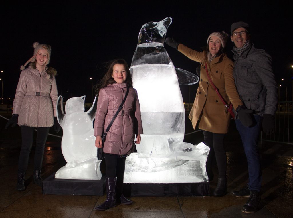giant_ice_Sculptures_scotland_events