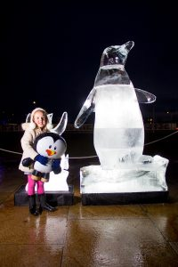 ice_sculpture_fun_kids_christmas_penguins_scotland