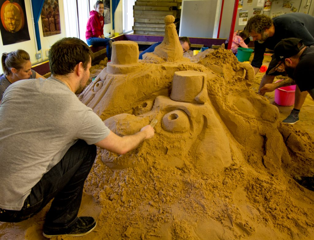 team_building_creative_workshops_sand_Sculpture